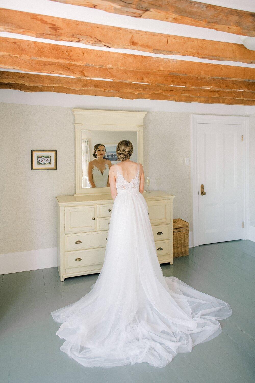 Chester-Captain's House-Outdoor-Wedding-Halifax-Photographer_027.jpg