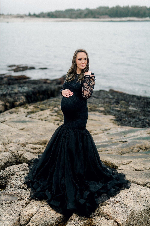 Halifax-Maternity-Photographer-Beach-Session-crystal crescent beach_09.jpg