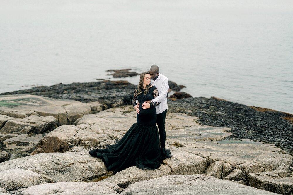 Halifax-Maternity-Photographer-Beach-Session-crystal crescent beach_10.jpg