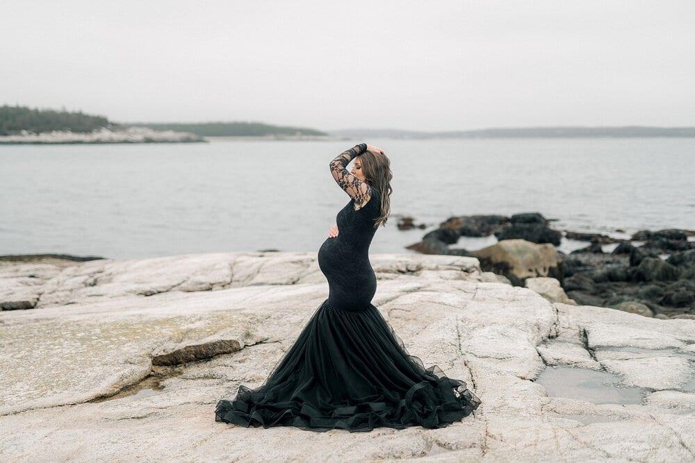 Halifax-Maternity-Photographer-Beach-Session-crystal crescent beach_14.jpg