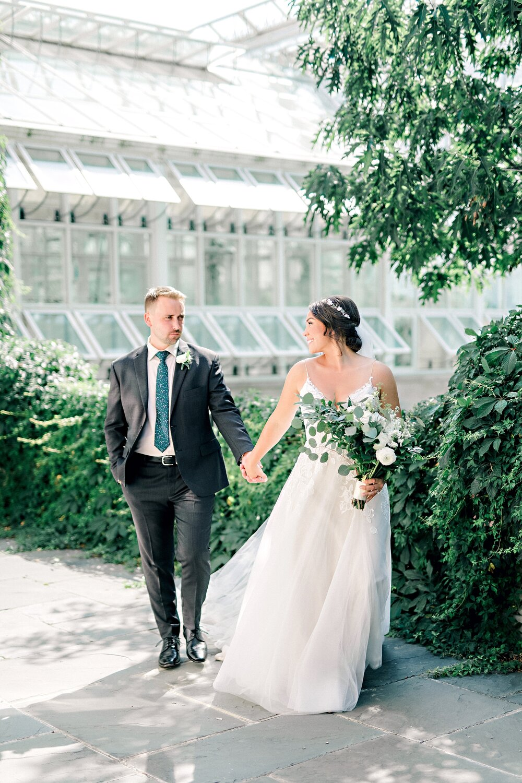 Lightfoot & Wolfville-Vineyard-Summer-Outdoor-Wedding-Halifax-Photographer_31.jpg