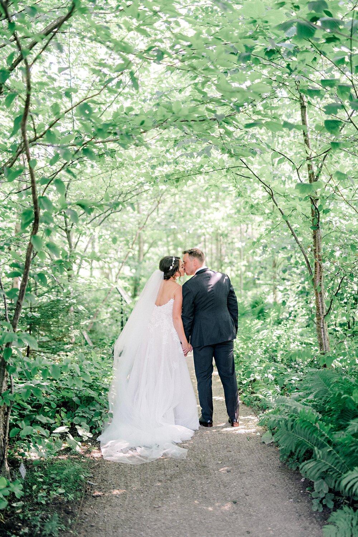 Lightfoot & Wolfville-Vineyard-Summer-Outdoor-Wedding-Halifax-Photographer_35.jpg
