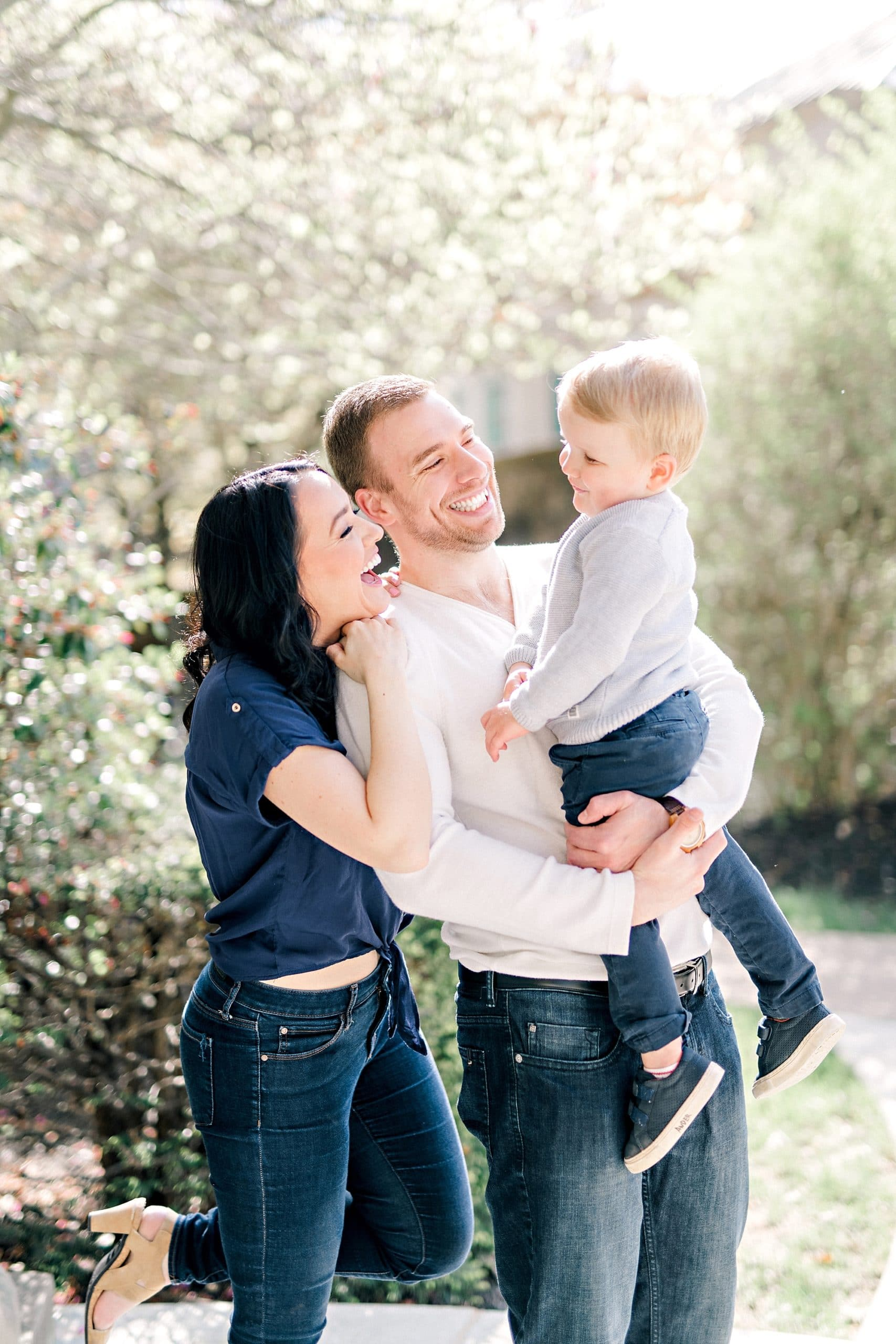 picture perfect family hug during halifax portait session by candace berry photography